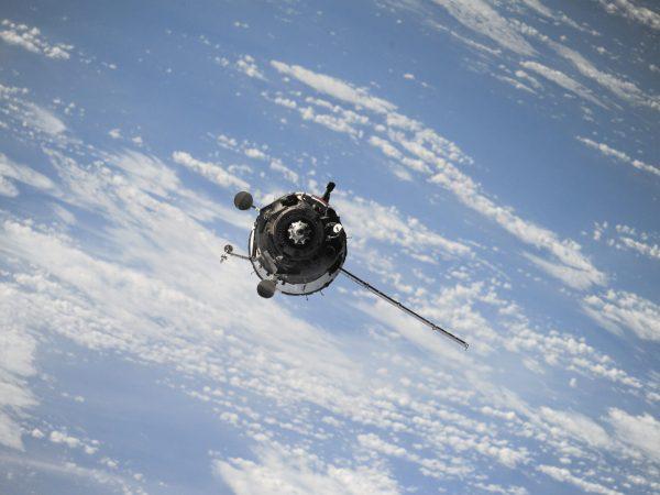 satellite-1030782